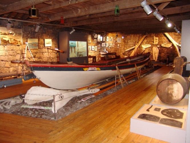 museu baleeiros - whalling museum in pico