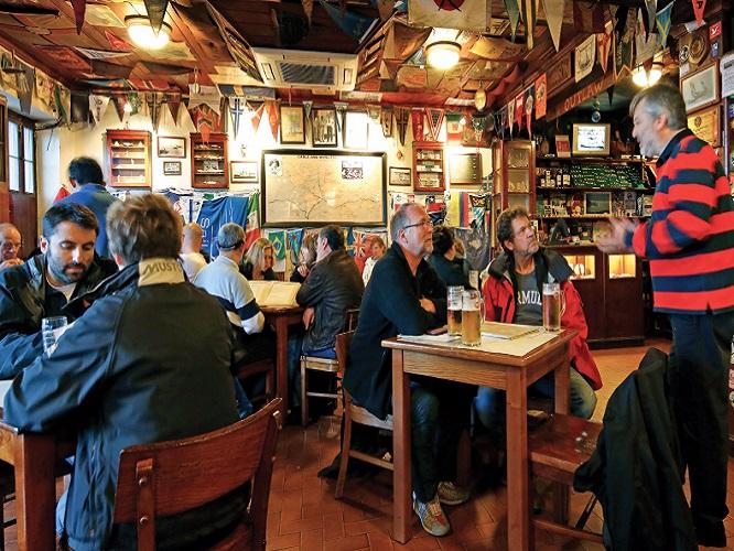 Peters Cafe Sport in Horta Faial Island