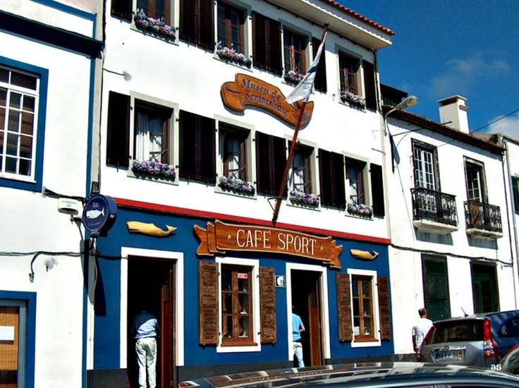 Peters Cafe Sport facade